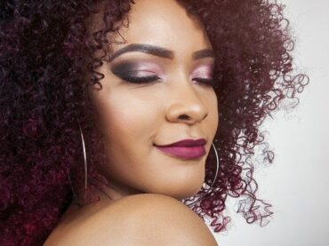 What is airbrush make-up?